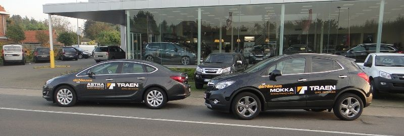 Opel Mokka en Opel Astra Sports Sedan